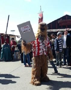 "Auf dem Schild steht übrigens ""Flash if you like Wookies"""