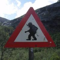 Typisches Warnschild vor norwegischen Internet-Zugängen.
